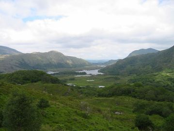 1024px-lakes_of_killarney